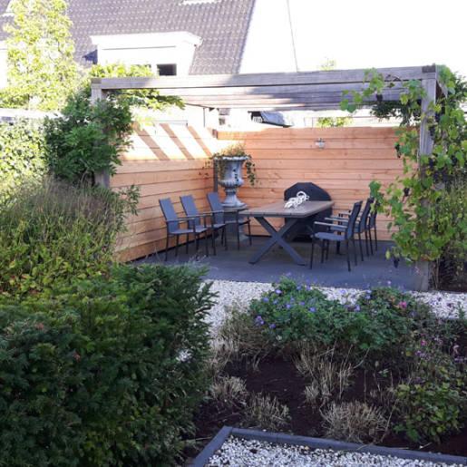 Leusden_Tuin-vernieuwen-terrassen-overkapping_171052