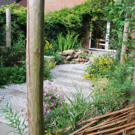 natuurlijke-tuin-met-gebruikte-materialen-Rotterdam-08-CP