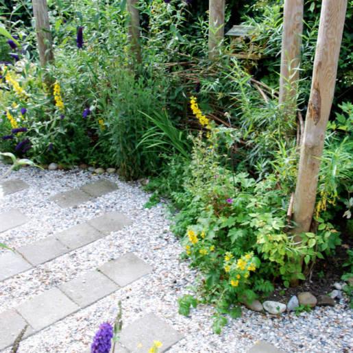 natuurlijke-tuin-met-gebruikte-materialen-Rotterdam-10-CP